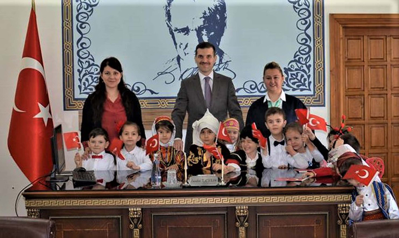 23 Nisan Ulusal Egemenlik ve Çocuk Bayramı'nın 99'uncu yılını kutluyoruz.